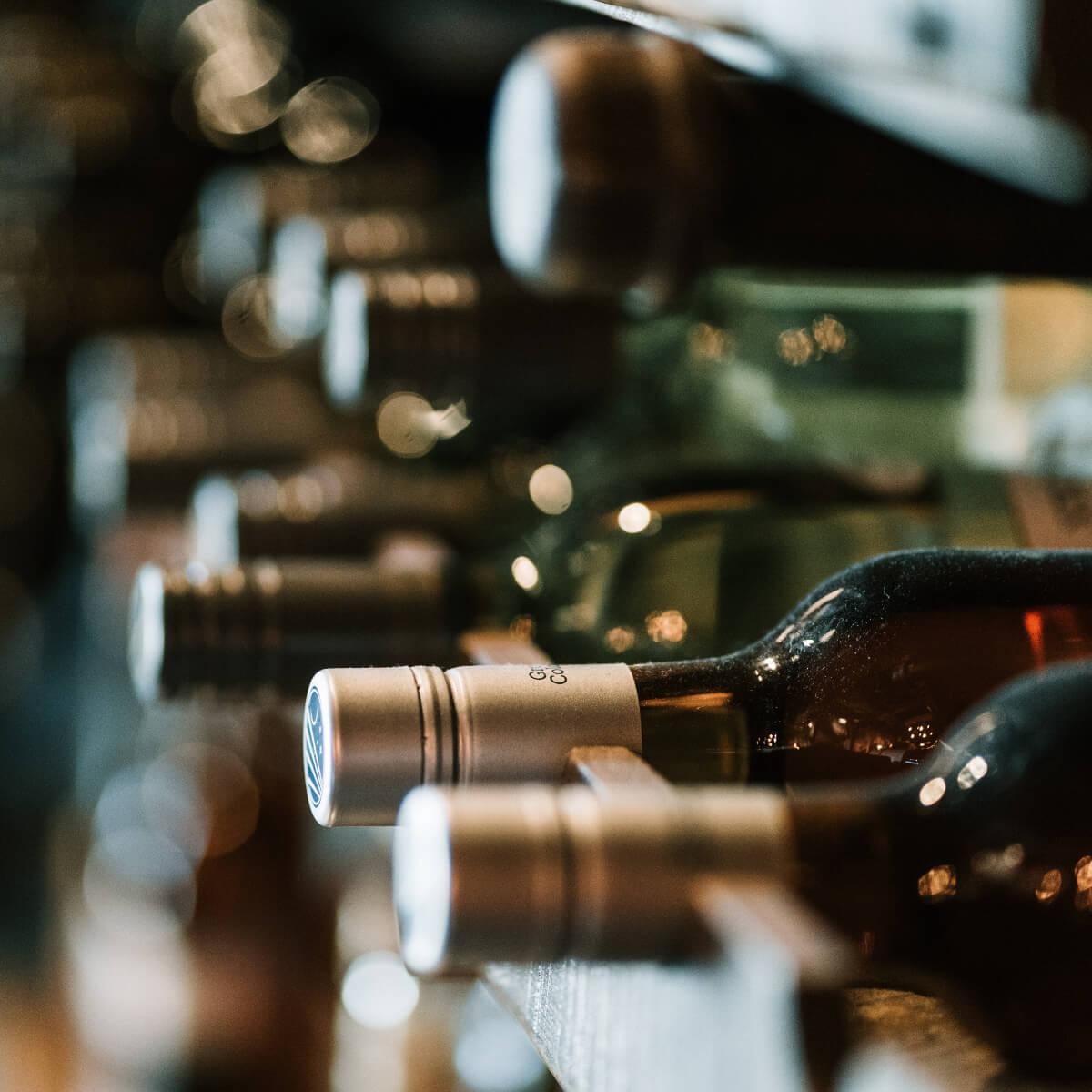 Ecommerce di vini? Scopri le soluzioni per spedire le bottiglie a basso costo